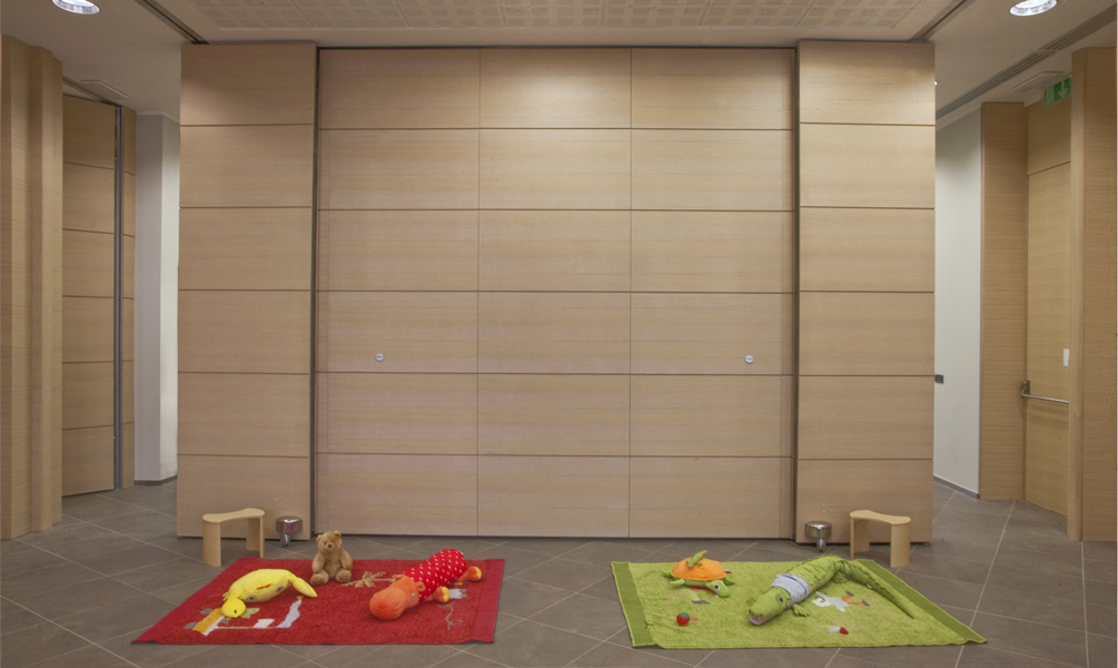Movable push partition walls anaunia - Folding partitions residential ...