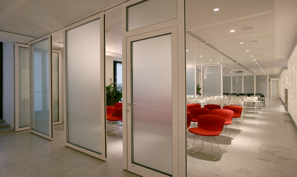 Glass movable sound-proof partition walls: photo 2